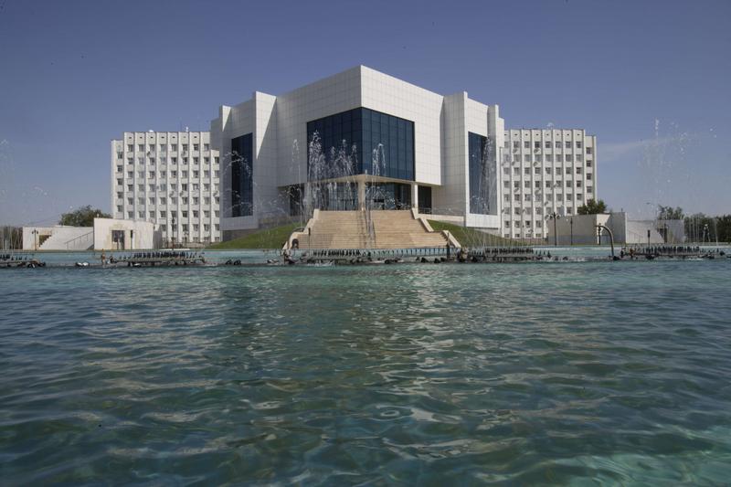 Kazakistan Atyrau Valilik ve K�lt�r Merkezi Projesi