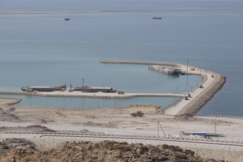 Kazakistan Aktau Kaztransoil Liman �n�aat� Projesi